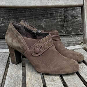 Clarks Tamryn Maize Ankle Boot Pump Brown Suede